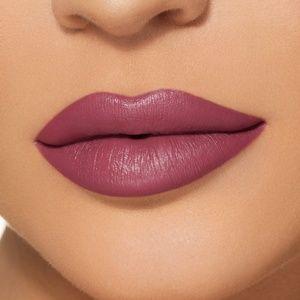 Kylie Cosmetics Makeup - Kylie Jenner Velvet Lip Kit ROSIE